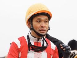 【新馬/中山6R】単勝9番人気 江田照騎乗のヴォートルエローが5馬身差圧勝!