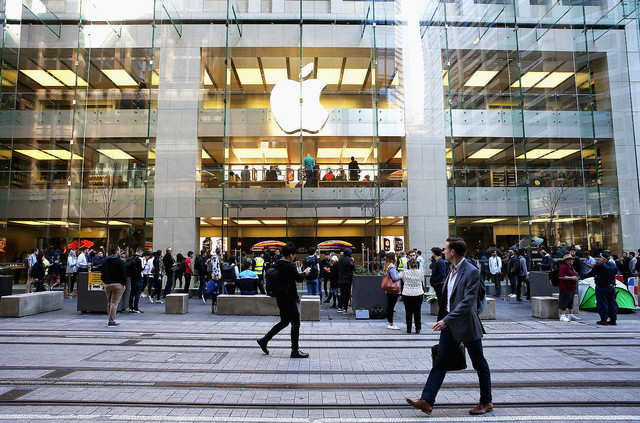 [画像] アップルサーバーをハッキングした10代の少年「雇ってもらいたかった」と供述。裁判所は「才能は善行に使え」と諭す