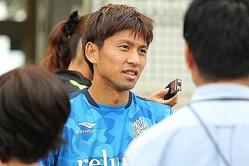 「(監督不在の)月日が経つうちに、ちょっとしたチームのズレにつながっていった」と明かす主将の大野。写真:田中研治