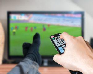 「テレビは故障するまで使う」はNGのワケ。得する買い替え時とは?
