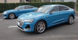 e-tronスポーツバック55クワトロ1st エディション。車両本体価格は1346万円。