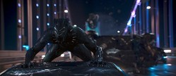 漆黒のヒーローは、国王でスパイ!?/[c]Marvel Studios 2017