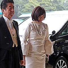 安倍 昭恵 夫人 の ドレス
