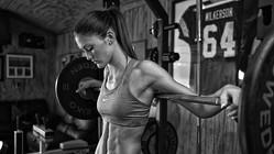 ウェイトトレーニングに欠かせないベルトの有効性について