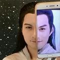 ある中国人女性が毎日さまざまな「物まねメイク」を施しており、これまでに有名人200人以上のそっくり顔を完成させ、わずか数カ月間で、彼女のフォロワーは46万人に達しているのだという。