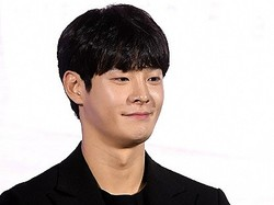 """突然の""""死亡説""""に包まれた韓国の若手俳優とは?事務所は「現在確認中」とコメント"""