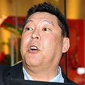 予告通りマツコ生出演のテレビ局前に突撃した「NHKから国民を守る党」の立花孝志代表=東京・TOKYO MX