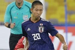 2点目を決めた唐山。昨年10月のU-16アジア選手権でも5得点を挙げており、今遠征も得点源として活躍して見せた。写真:佐藤博之