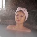 浜辺美波の露天風呂シーンにファン歓喜「首の美しさに息をのむ」