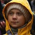 英ブリストルで気候変動対策を求める若者のデモに参加するスウェーデンの環境活動家グレタ・トゥンベリさん(2020年2月28日撮影)。(c)GEOFF CADDICK / AFP