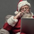 「サンタは忙しいから今年はパパとママがプレゼント」政治家の発言が炎上