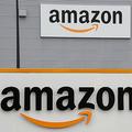 米小売り・IT大手アマゾンのロゴ(2019年3月4日撮影、資料写真)。(c)DENIS CHARLET / AFP