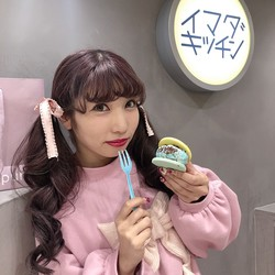 【IMADA KITCHEN】パステルカラーアイスサンドがオシャ映え確実♡クッキー×アイスの組み合わせは自分好みにカスタムできる