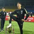U-18韓国代表が優勝杯を踏みつけた問題 中国メディア「日本代表は違う」
