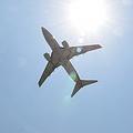 24日、大韓航空系列の格安航空会社「ジンエアー」が、グアムから韓国・仁川(インチョン)に向かう旅客機で、エンジンにトラブルが発見されたにもかかわらず、運航を強行していた疑いが持ち上がった。同機には乗員乗客276人が搭乗していたという。資料写真。