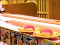 スシロー新宿三丁目店「Auto Waiter(オートウェイター)」