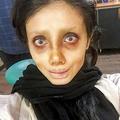 加工した自身の顔の画像をインスタグラムに投稿していたサハール・タバールさん=ツイッターから