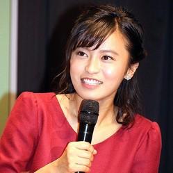 小島瑠璃子が大胆ヘアアレンジSHOTを投稿した