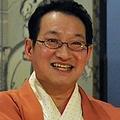 16年5月から「笑点」の司会を務めている。