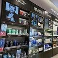 ドラッグストアのオリーブヤング店内に設けられた男性用化粧品コーナー(同社提供)=(聯合ニュース)