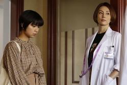"""【ドクターX】上白石萌歌、""""恋人""""清原翔に「私の肝臓をあげてください」しかし、米倉涼子は…"""