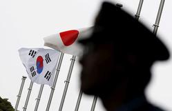 日韓は「休止協定」締結を、対立回避へ米国が要請