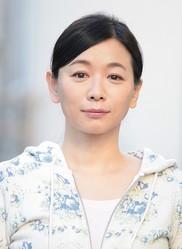 慶介(亀梨和也)の母・恭子を演じる裕木奈江/(C)カンテレ