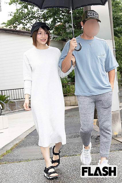 不倫の後藤真希、騒動後初の夫婦デート 復帰の質問に「もうそろそろ」 - ライブドアニュース