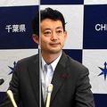 報道陣の取材に応じる熊谷俊人知事=2021年6月10日午前11時2分、千葉県庁、高室杏子撮影