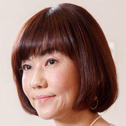 まるで同級生!松本伊代が「石川秀美の娘と変わらぬ」美貌を披露したッ