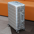 1万円台で購入したシャオミのスーツケース 1年使った感想は