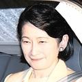 4月10日、両陛下ご結婚60周年のお祝いのために皇居へ
