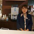 dガーデン五反田店では無料でコーヒーが飲め、タブレット端末も借りることができる