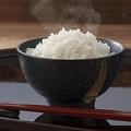 コンビニや外食チェーンで米不足?ブランド米競争活発化との矛盾