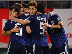 長友からのクロスに合わせた大迫が先生ゴールをゲット。写真:茂木あきら(サッカーダイジェスト写真部)