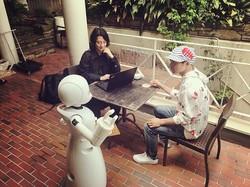分身ロボットが外出困難な人を救う? 支援する? ロボットテレワーク実験のモニターパイロットを募集