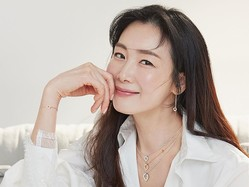 女優チェ・ジウ、かきあげヘアに「色気が止まらない」と絶賛コメント続出!雑誌カットで見せた圧倒的オーラ【PHOTO】