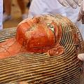 古代エジプトの木製ひつぎを30個発掘と発表 神官一族のものか