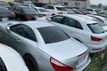 埼玉県某所に置き去りされた200台以上もの高級車。車体に苔が生えている車もあった