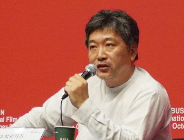 [画像] 釜山国際映画祭で挑発的質問 是枝監督の日韓コメントに称賛の声
