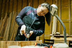 元ヤン女子が林業家に 苦境に立たされても100年続いた森を守る