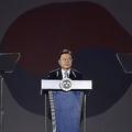 韓国の文在寅大統領は2020年8月15日、ソウルの東大門デザインプラザで行われた75回目の光復節の祝賀会で演説した。