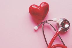 【夢占い】心臓を食べる夢は情熱的な恋の暗示 心臓・ハートの夢が暗示すること