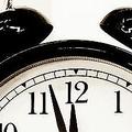 「先延ばし」の原因は睡眠不足か「就寝の先送り」が悪循環を生む