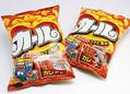 明治はスナック菓子「カール」の東日本での販売を8月生産分で終了した。(時事通信フォト=写真)