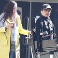 乙武洋匡氏が6カ国語ペラペラのハーフ美女と花見デート 23歳の女子大生