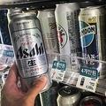 ソウル市内のコンビニに陳列された日本産ビール。不買運動の広がりを受け、売り上げが急速に落ちている=7日、ソウル(聯合ニュース)