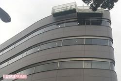 ジャニーズ事務所。買収した乃木坂ビルは国内で1、2を誇るレコーディングスタジオが併設されている