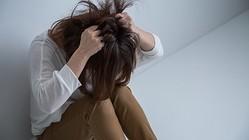 すぐ泣く、涙が出る人必見!ひょっとするとうつ病の初期症状かも・・・