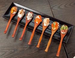 One Spoon Sushi 7種盛り(1382円)/SUSHI & GRILL 創蔵 -SOYA-
